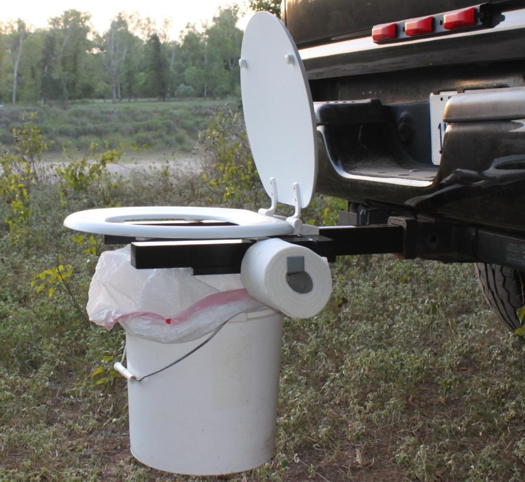 Bumper Dumper in a hitch receiver
